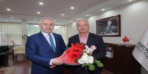 Kaymakam Yalınalp'ten Başkan Bilgin'e Tebrik Ziyareti