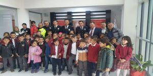 Osmangazi İlkokulu Öğrencileri İlçe Emniyet Müdürlüğünü Ziyaret Etti