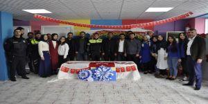 Siverek'te Kavga İhbarına Giden Polislere Sürpriz Kutlama