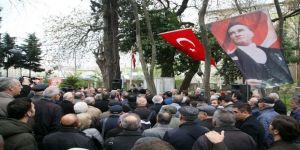 Ölümünün 100. Yıl Dönümünde Mezarı Başında Anıldı