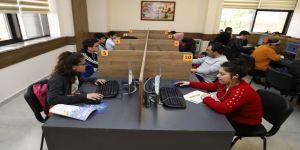 Gençlik Kütüphanesi'ne Binlerce Öğrenci Kayıt Yaptırdı