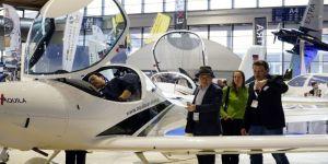 """""""Türk Kartalı"""" Uçak Filosu Almanya'nın Gözde Havacılık Fuarında"""