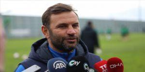 Çaykur Rizespor'un teknik direktörü Buruk: Hiçbir teklif almadım