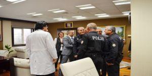 Hastane Polisine 'Hırsızlık Var' Deyip, Sürpriz Yaptılar