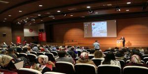 Nevü'de 'Nevşehir Hacı Bektaş Veli Üniversitesi Cerrahi Hemşireliği Sempozyumu' Düzenlendi