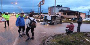 Bandırma'da Trafik Kazası: 2 Yaralı