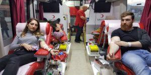 Kızılay'a Bağışçı Sayısı Her Geçen Gün Artıyor