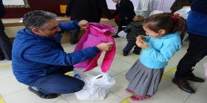 Aydın'da İhtiyaç Sahibi 2306 Aileye Yardım Yapıldı