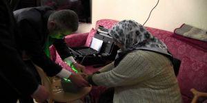 Nüfus Memurları Engelli Ve Yaşlı Vatandaşların Ayağına Gidiyor