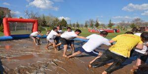 Sandıklı'da Çamur Ve Termal Festivalinin İkincisi Düzenlendi