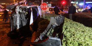 Üç araç birbirine girdi: 8 yaralı