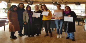 Hanımlar bilgisayar destekli muhasebecilik sertifikası aldı