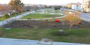 Manavgat Belediyesi'nden köpek oyun parkı