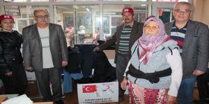 Türk Kızılayı Alaşehir'de İhtiyaç Sahibi Aileleri Giydirdi