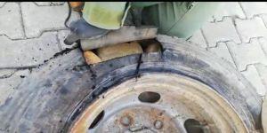 Stepne Lastiğin İçerisine 22 Kilo Eroin, Şila'ya Takıldı