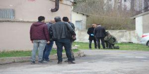 Bomba Süsü Verilmiş Düzenek Polisi Alarma Geçirdi