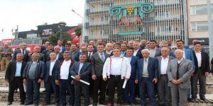 Muhtarlardan Başkan Öküzcüoğlu'na Sürpriz Ziyaret