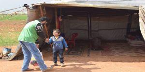 Suriyeli Yetimlere Gıda Yardımı