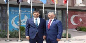 Fransa Türk Federasyonu, Ülkü Ocakları Genel Başkanı Ateş'i Ziyaret Etti