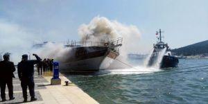 Ünlü Tatil Merkezinde Tekne Yangını