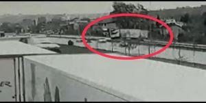 Samsun'da Cenaze Aracına Çarpan Tırın Karşı Şeride Geçme Anının Görüntüsü Ortaya Çıktı