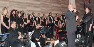 Alaşehir Belediyesi TSM Korosu'ndan müzik ziyafeti