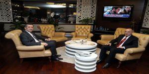 Bakan Selçuk'tan, Başkan Altınok'a Tebrik Ziyareti