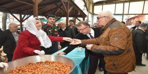 Hürriyet'ten Vatandaşlara Lokma İkramı