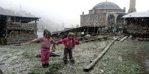 Yüksek Kesimlerinde Kar Yağışı