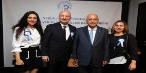 Yaşar, TÜSİAV ödül törenine katıldı