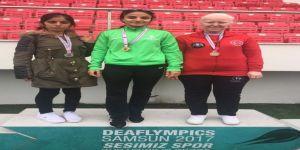 Altın çocuklar 17 madalyayla başkente döndü