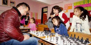 Sarıgöl'de satranç turnuvası