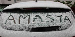 Amasya'ya Lapa Lapa Kar Yağdı