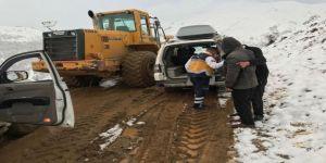 Sason'da Kar Ve Heyelan Nedeniyle Hastaya 7 Saatte Ulaşılabildi