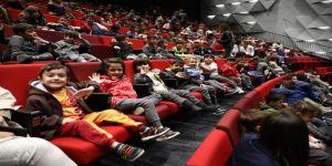 Denizli'de 3. Ulusal Çocuk Tiyatrosu Şenliği Devam Ediyor