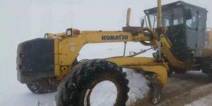 Siirt'te Kar Yağışı Nedeni İle Kapanan Grup Köy Yolları Ulaşıma Açıldı