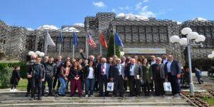 Avrupa'nın Ortasında Türk Bayrağını Dalgalandıran Hemşehrileri İle Buluştular