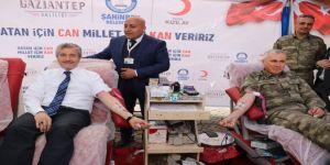 Şahinbey Belediyesi'nin rekor kan bağışına ödül