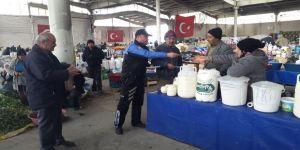 Polis, sahte para ve hırsızlık olaylarına karşı pazarcıları uyardı