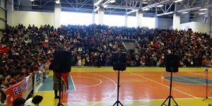 Erciş'te 23 Nisan çoşkusu