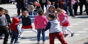 Amasya'daki 23 Nisan Kutlamalarına Onların Oyunu Damga Vurdu