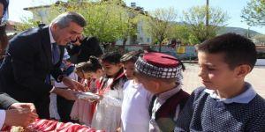 Bucak'ta 23 Nisan Ulusal Egemenlik ve Çocuk Bayramı coşkusu