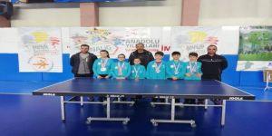 Masa Tenisi Takımları Analig'de Finale Yükseldi
