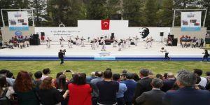 """Ege Üniversitesi, """"40. Kültür, Sanat Ve Spor Şenliği"""" Başladı"""