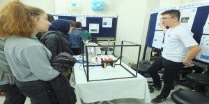 Fen Lisesi'nin Dahileri Projelerini Sergiledi