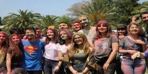 Color Festivali Coşkusu