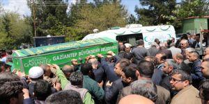 CHP'li ilçe başkanı toprağa verildi