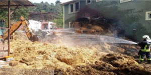 Çevre Temizliği İçin Yakılan Ateş 400 Balya Samanı Yaktı