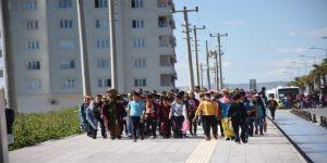 Türkiye - Suriye Sınırında Uçurtma Şenliği