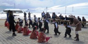 Köyde 23 Nisan Şenliği